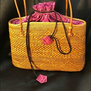Woven Straw Basket Draw String Purse
